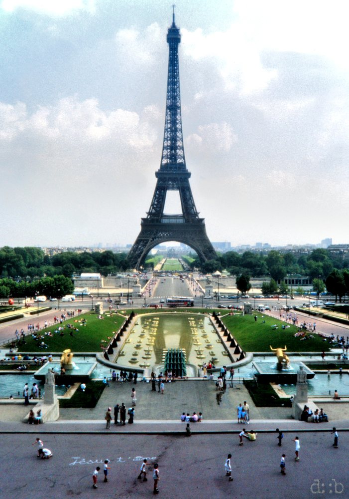 The Eiffeltower, the Mars fields and Trocadéro place in Paris, France, July 1988.