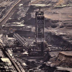An excavator at the Garzweiler lignite mine near Düsseldorf.