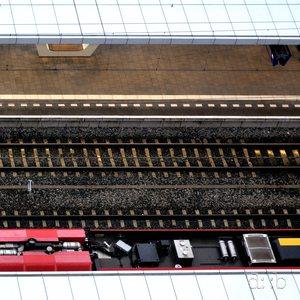 bird's view of platforms and tracks at Arnhem central station