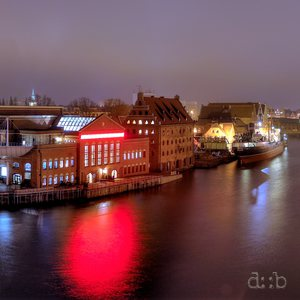 Panoramic view of the river Motława in Gdansk by night