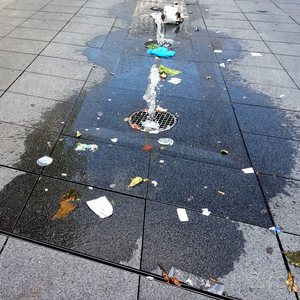 Essen's pedestrian and shopping zone, beautified with first some fountains and then some waste